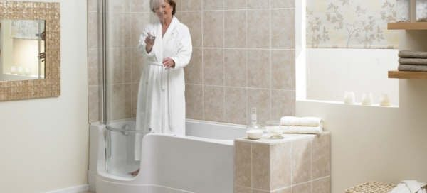 walk in tub elderly woman