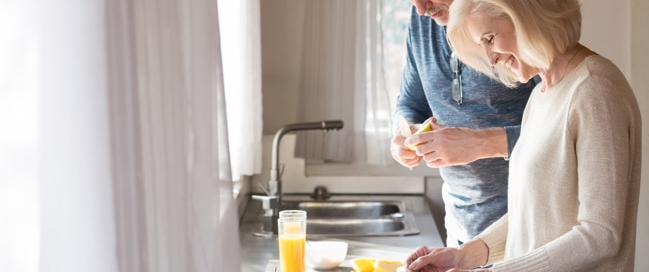 Seniors preparing breakfast