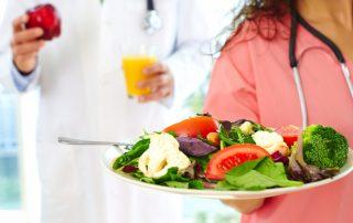 nurses eating healthy